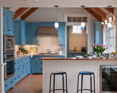 Beachfront Cottage - Marthas Vineyard, MA contemporary kitchen