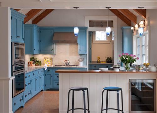 cocina decorada en tonos azules