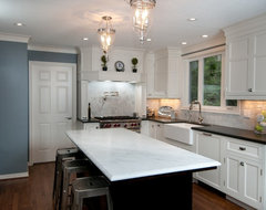 Marylhurst Kitchen traditional-kitchen