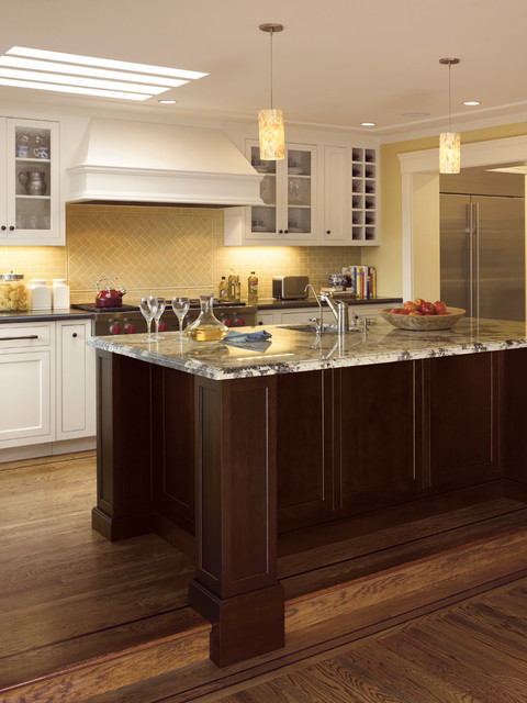 Mascheroni Construction traditional kitchen