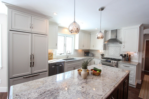 what is the ceiling height and upper cabinet height?