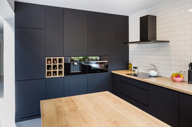 Resultado de imagen de black kitchens
