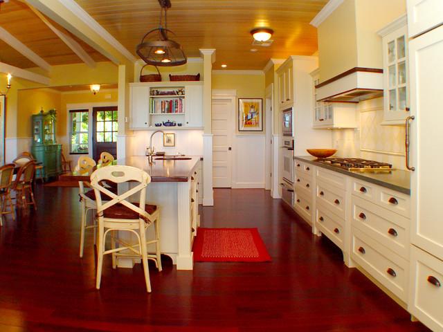 Maui Plantation Kitchen tropical-kitchen