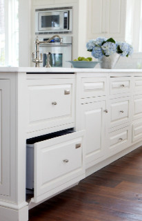 May River Custom Home traditional-kitchen