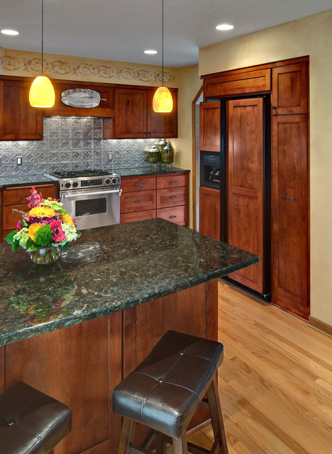 Traditional Kitchen by Murphy Bros. Designers & Remodelers