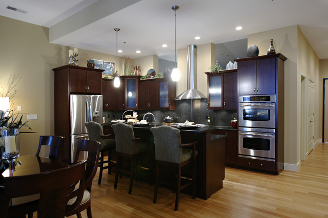 McAlpin Lofts by Beth Sheppard of Keidel traditional-kitchen