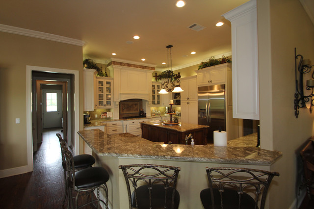 McClure Residence traditional-kitchen