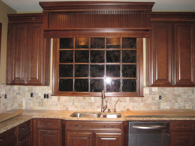 Mckinley cherry chocolate glaze by shenandoah cabinetry Bathroom design centers atlanta