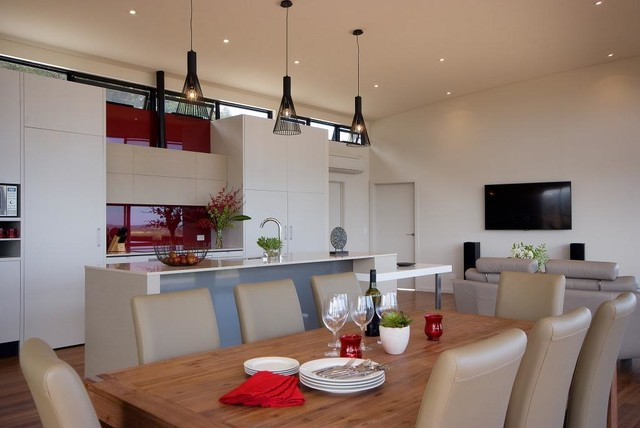 Mclaren eye modern kitchen adelaide by nicholas p for Kitchen ideas adelaide