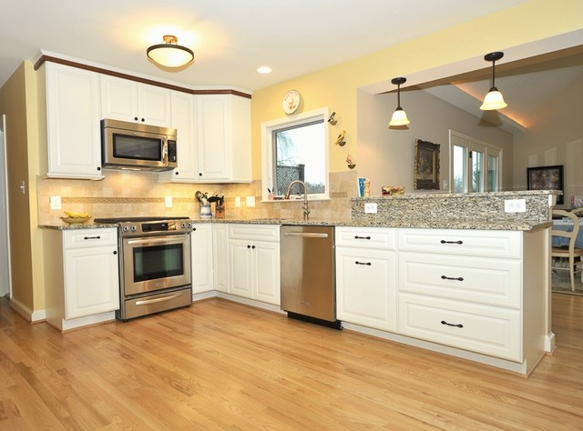 Mclean traditional kitchen dc metro by cornerstone - Cornerstone kitchens and bathrooms ...