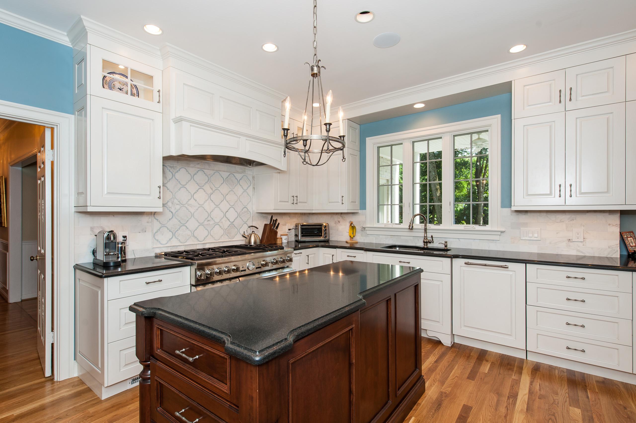 McLean VA Traditional Open Kitchen