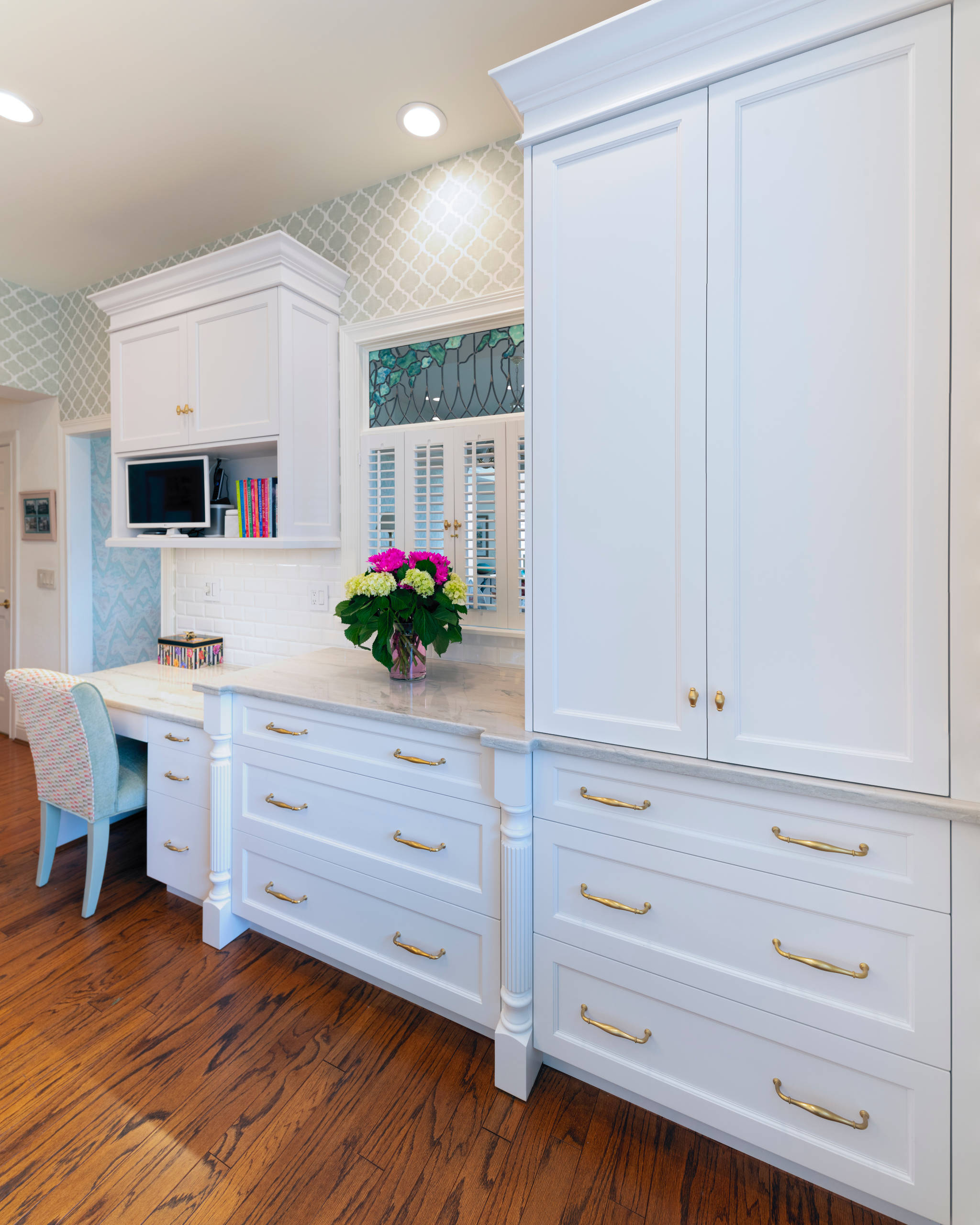 McMillan Place Kitchen by Don Justice Cabinet Makers