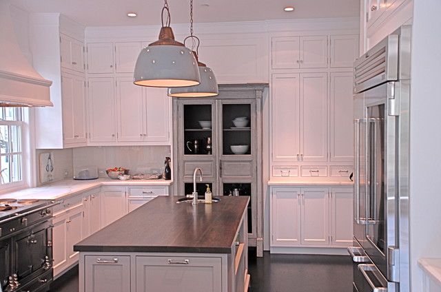 Meadow Traditional traditional-kitchen