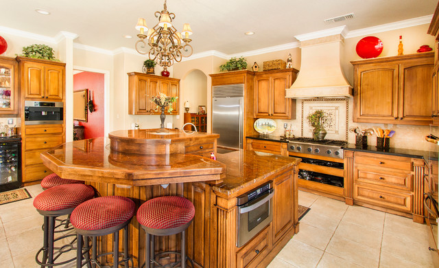 Meadow Vista Kitchen Remodel - Traditional - Kitchen - Sacramento - by Dogwood Interiors