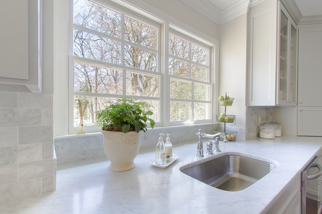 Meadowbrook traditional-kitchen