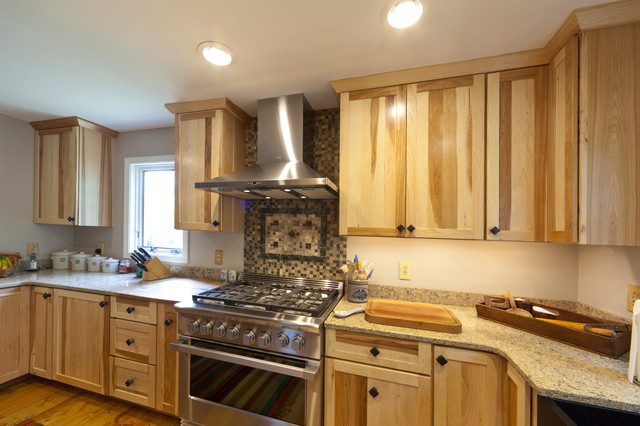 Superior Medallion Cabinetry FO Bayside Natural Hickory Traditional Kitchen
