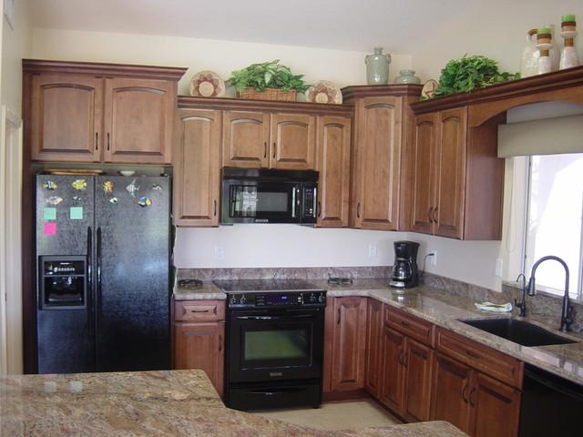 Medallion Kitchen Designs traditional-kitchen