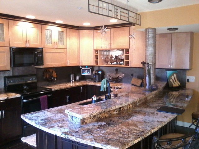 Medallion kitchen designs eclectic kitchen phoenix for Eclectic kitchen ideas