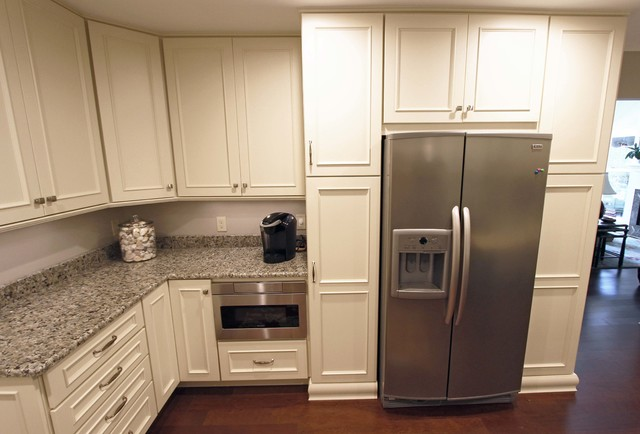 Kitchen Cabinets With Petal