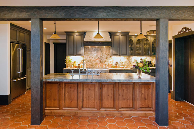 75 mccutcheon construction berkeley mediterranean for Kitchen cabinets berkeley