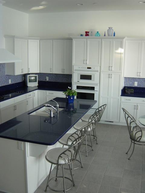 Melinda Uhler contemporary-kitchen