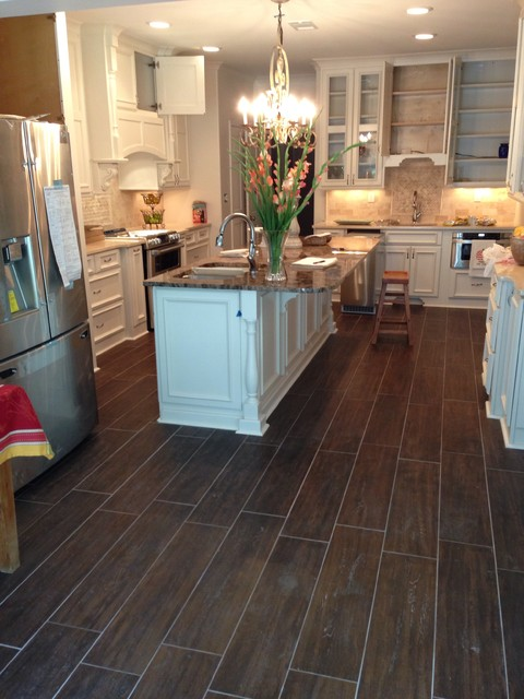 Memphis kitchen traditional-kitchen