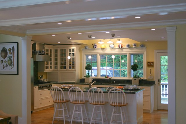 Menlo Park Country Kitchen traditional-kitchen