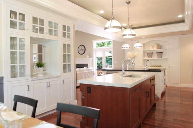 Boaman-Savard Residence II traditional kitchen