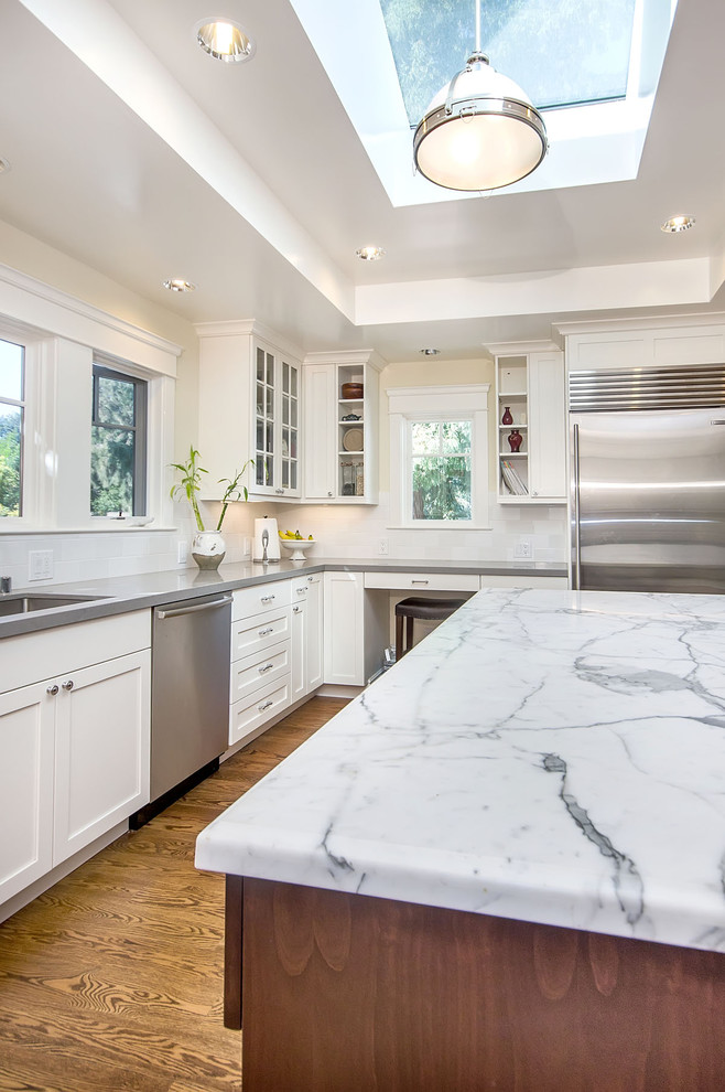 Kitchen - transitional kitchen idea in San Francisco with shaker cabinets and stainless steel appliances