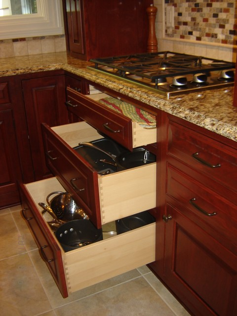 Mequon- Kitchen Remodel traditional-kitchen