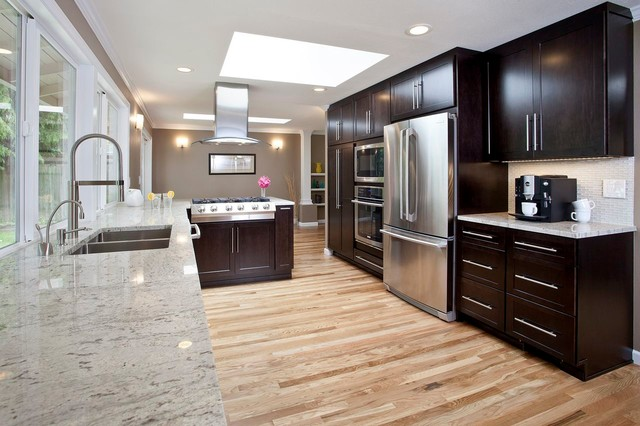 Mercer Island Remodel Contemporary Kitchen Seattle By Parr Cabinet Design Center Tukwila
