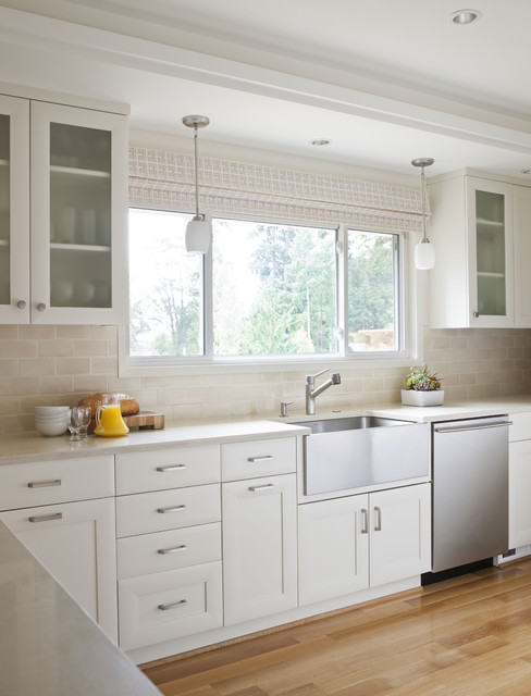 Mercer Island Residence traditional-kitchen