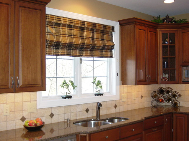 Merrymet Farm Home traditional-kitchen