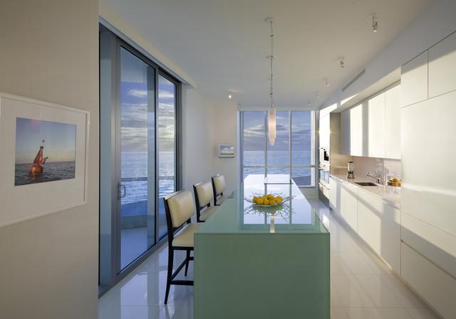 Miami Beach Apartment Modern Kitchen Miami By Dan Forer Photographer