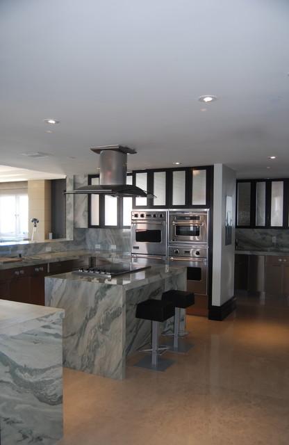Miami Beach - Miami by PepeCalderinDesign - Interior designers Miami - Modern contemporary-kitchen