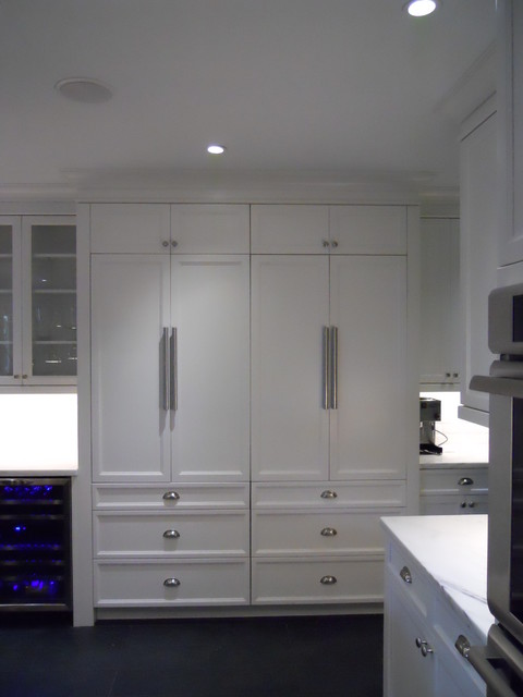 Miami contemporary kitchen other by qc cabinets for Bathroom cabinets quebec