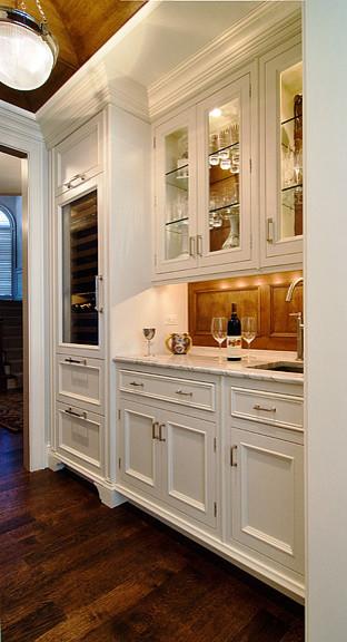 Michael A. Menn contemporary-kitchen