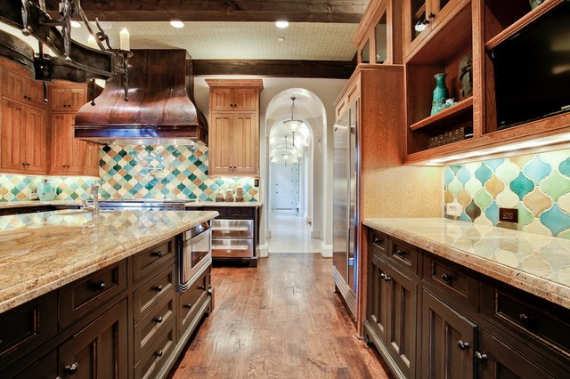 Michael molthan luxury homes interior design group for Timberwood custom kitchens