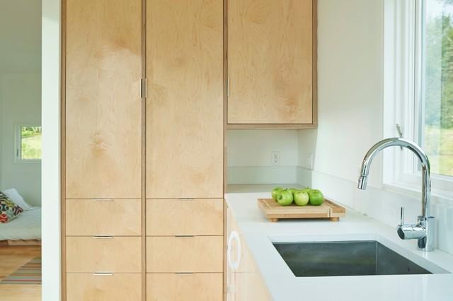 microHOUSE - Modern - Kitchen - Burlington - by Elizabeth Herrmann ...