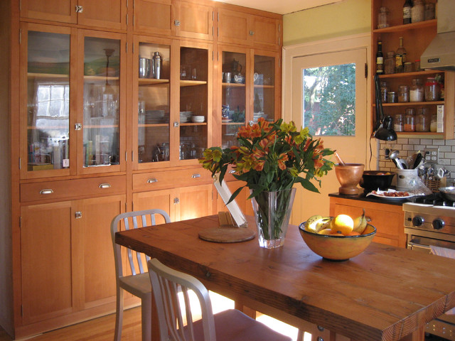 Microhouse fremont cottage - reclaimed fir cabinets craftsman-kitchen