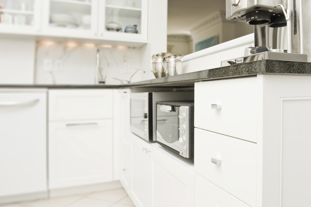 contemporary kitchen by Gepetto