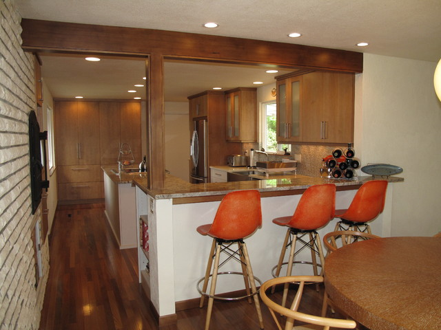 Mid-Century Kitchen modern-kitchen