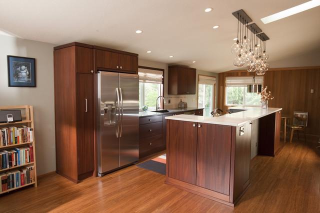 Mid level kitchen cabinets mid level kitchen cabinets 28 for Best mid range kitchen cabinets