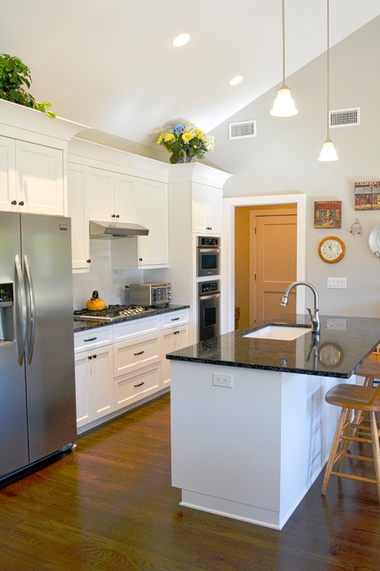 Mid century modern mother in law suite addition for Kustom kitchen designs