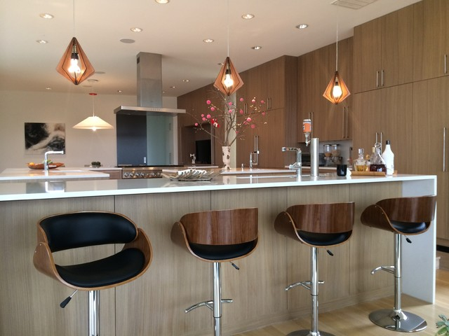 Mid Century Modern Pendant Lights And Bar Stools Modern Kitchen