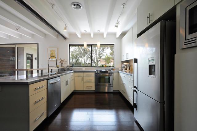 Mid Century Modern midcentury-kitchen