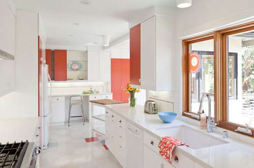 modern kitchen Color of the Month: Decorating with White