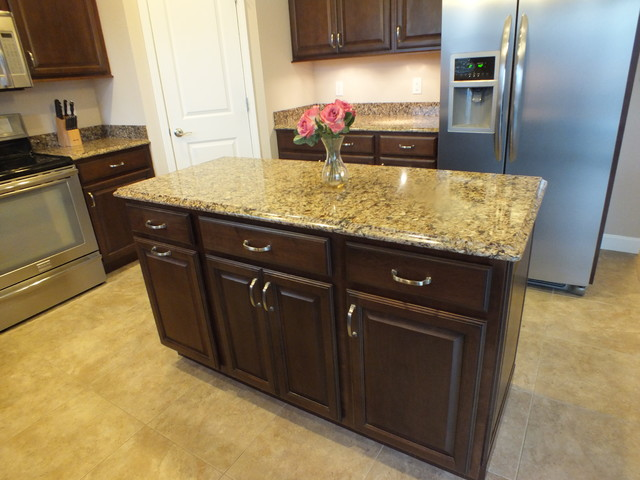 Mid Continent Cabinetry Contemporary Kitchen St