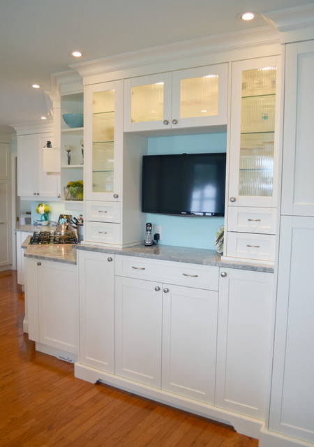 Mid island cabinets custom cabinetry transitional for Kitchen cabinets vancouver island