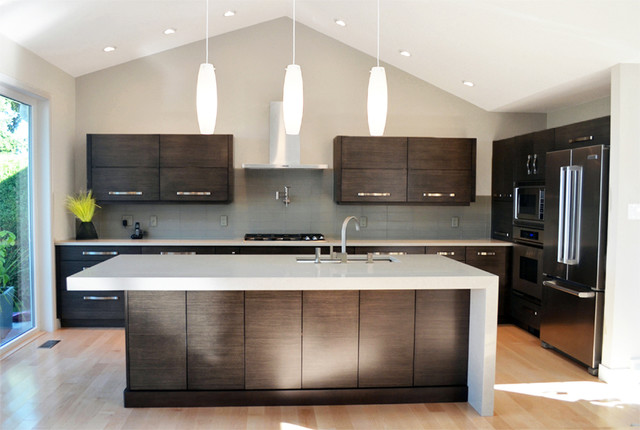 Mid island cabinets custom cabinetry contemporary for Kitchen cabinets vancouver island